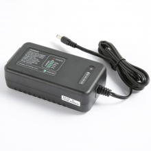 G60-12L4 LiPo Smart Charger for 4S 14.8V Li-ion Car Battery