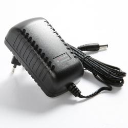 P2012-FX铁锂电池充电器适用2~4节6.4V~12.8V磷酸铁锂电池