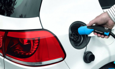 大众12.4万辆新能源车电池充电器含致癌金属镉