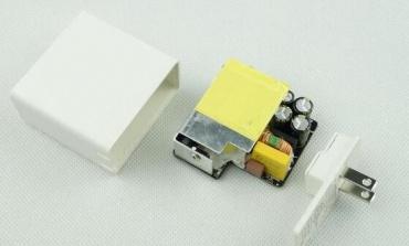 如何规避电源适配器短路等风险?