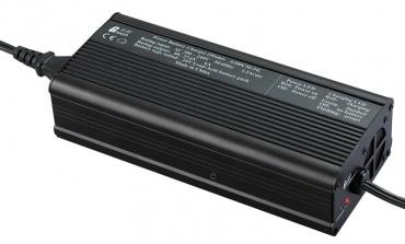 多角度阐述铅酸电池和锂电池的区别
