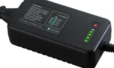锂电池充电器在不断地革新升级