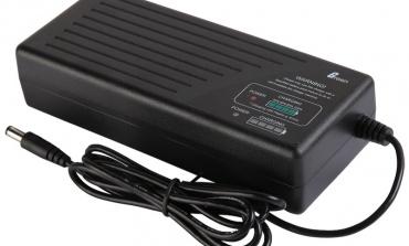 电池与充电管理:选择与权衡因素