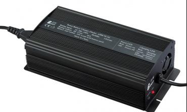导致铅酸蓄电池损坏的主要因素是什么?