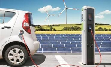 电动车自带的充电器和充电桩两种充电模式对比