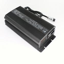 A500-XX系列铅酸蓄电池智能充电器